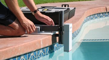 Leak Vue measuring for any leaks in your pool. Great for monitoring water level.